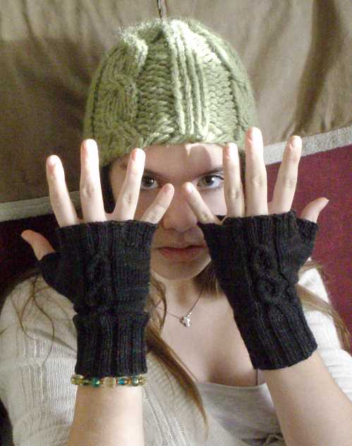 preteen-fingerless-mitts.jpg